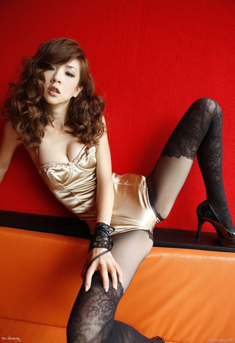 holly spread on cruise redhead – Erotisch