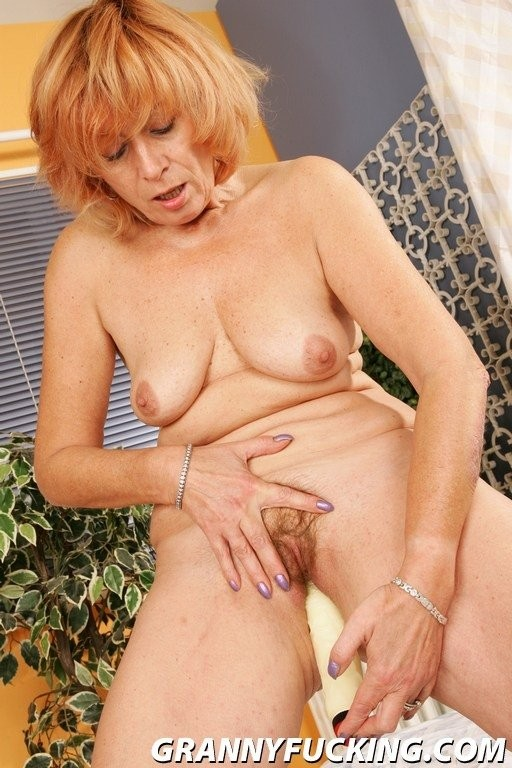 free celibrity nude pictures – Lesbian
