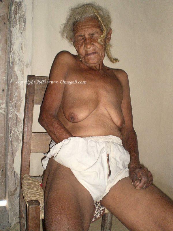 aly michalka nude pics – Strumpfhose