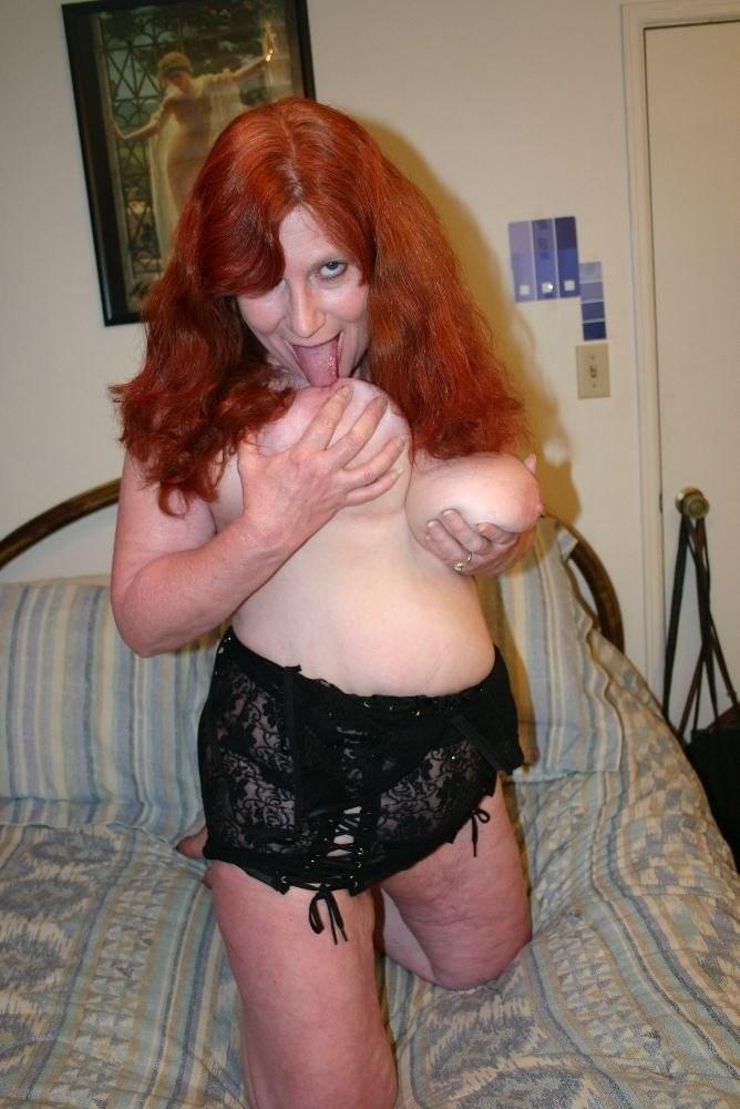 kathy griffin in a bikini – Domina